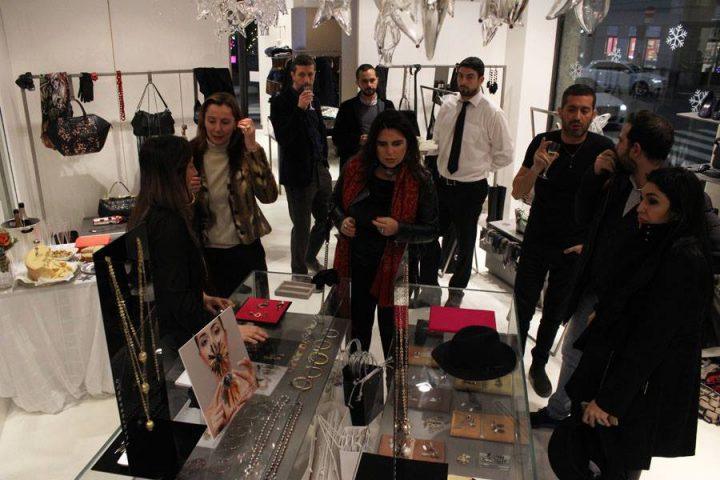 Evento a gift for christmas 2015 lea for Lea boutique