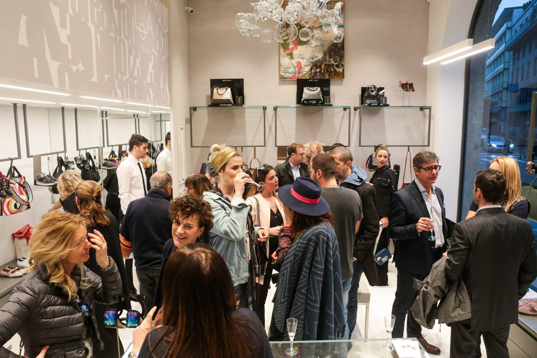 Serata di riapertura lea for Lea boutique